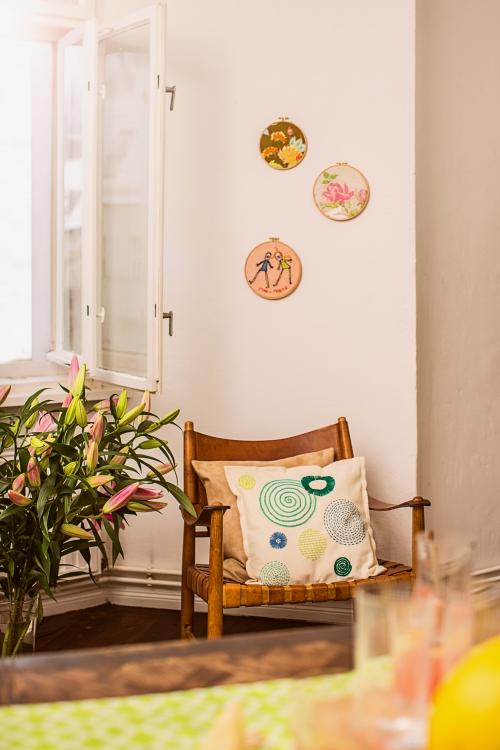 stickbilder mit blumen und kinderzeichnung initiative handarbeit. Black Bedroom Furniture Sets. Home Design Ideas