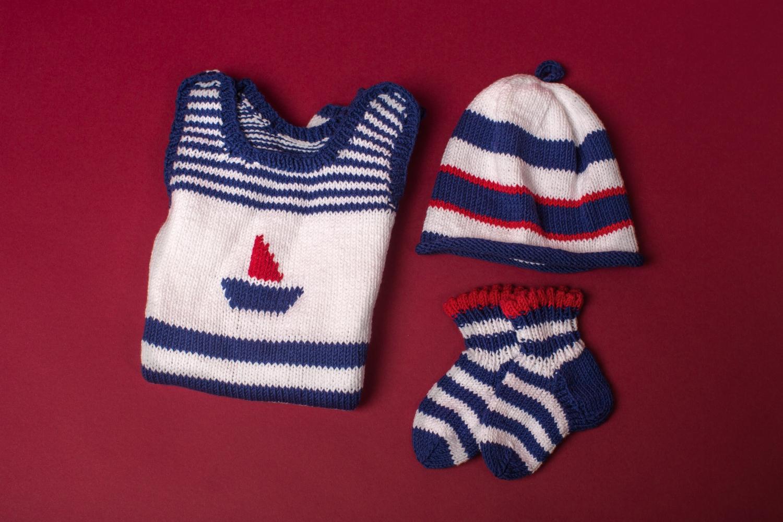 Baby Outfit Strampler Mütze Söckchen Initiative Handarbeit
