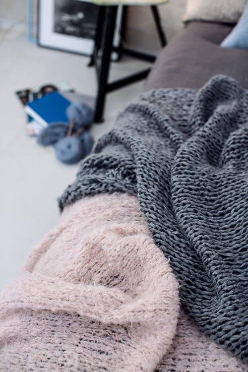 plaid grau rosa initiative handarbeit. Black Bedroom Furniture Sets. Home Design Ideas