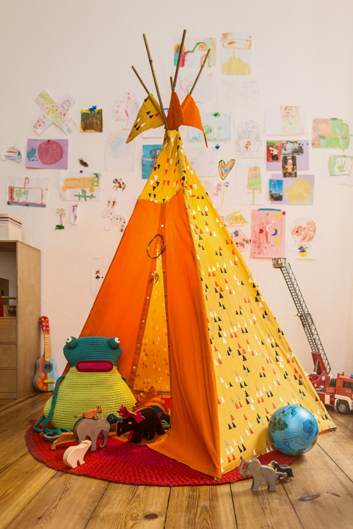 kinder tipi initiative handarbeit. Black Bedroom Furniture Sets. Home Design Ideas